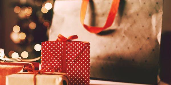 Pre Christmass Shopping Break Image
